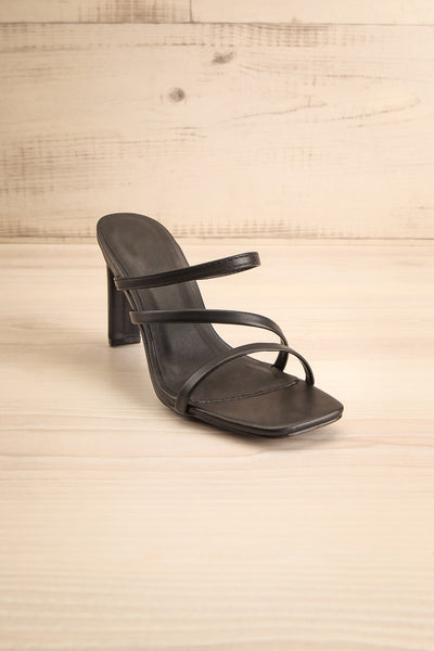 Baudoyer Black Heeled Sandals | La petite garçonne front view