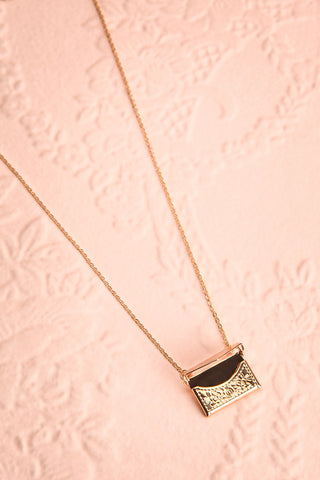 Benefio Gold Chain Necklace with Purse Pendant | Boutique 1861 1
