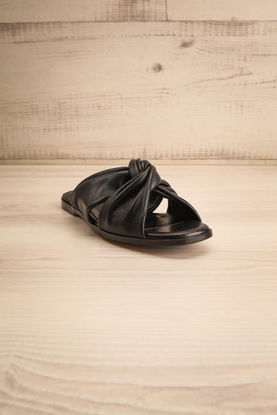 Benere Black Leather Knotted Slide Sandals | La petite garçonne front view