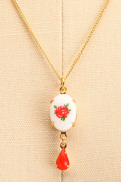 Bertha Von Suttner Floral Gold Pendant Necklace | Boutique 1861 close-up