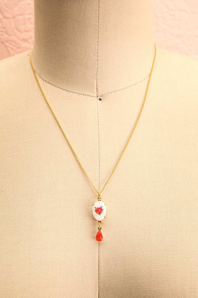 Bertha Von Suttner Floral Gold Pendant Necklace | Boutique 1861