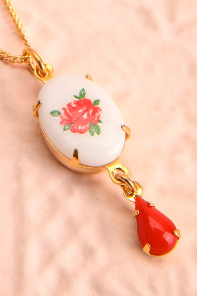 Bertha Von Suttner Floral Gold Pendant Necklace | Boutique 1861 flat close-up