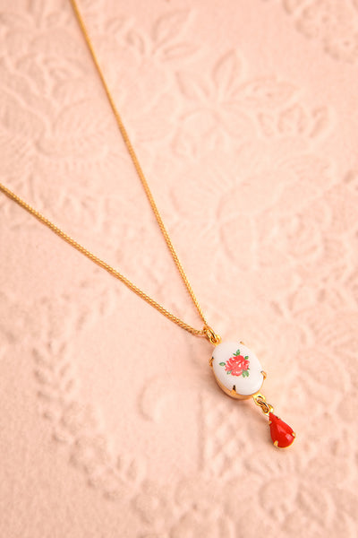 Bertha Von Suttner Floral Gold Pendant Necklace | Boutique 1861 flat view