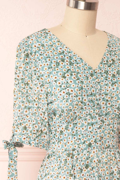 Bezia Blue Floral Short Sleeve Midi Dress | Boutique 1861 side close up