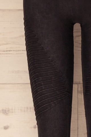 Biezun Black Dark Grey Ribbed Leggings | La Petite Garçonne