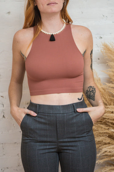 Boath Burgundy Round Neck Cropped Cami | La petite garçonne model