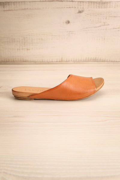 Botha Coffee Tan Slip-On Sandals | La petite garçonne side view