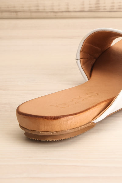 Botha Milk White & Tan Slip-On Sandals | La petite garçonne back close-up