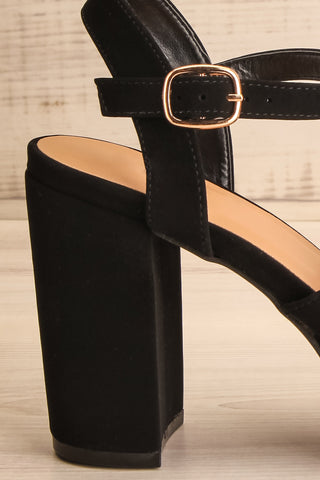 Braque Black Platform Sandals | Talons | La Petite Garçonne side close-up