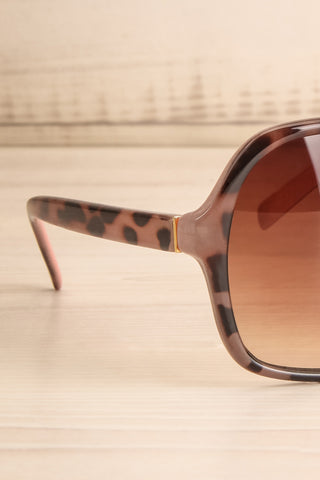 Burnley Patterned Brown Butterfly Sunglasses | La Petite Garçonne 5