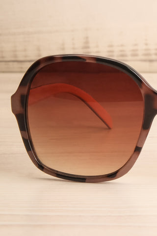 Burnley Patterned Brown Butterfly Sunglasses | La Petite Garçonne 2