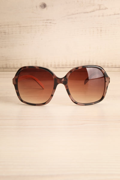 Burnley Patterned Brown Butterfly Sunglasses | La Petite Garçonne 1