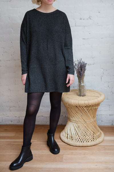 Cadix Grey Long Sleeve Knitted Dress | La petite garçonne model