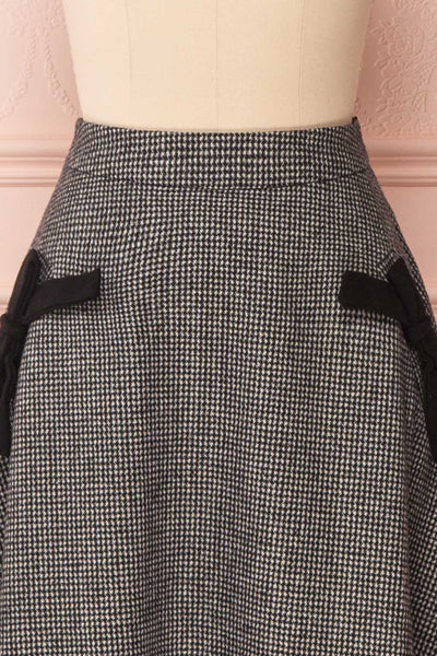 Calissa Black & White Houndstooth A-Line Midi Skirt | FRONT CLOSE UP | Boutique 1861