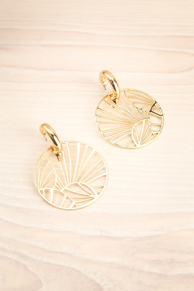 Caranango Or Golden Circular Pendant Earrings | La Petite Garçonne