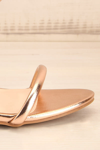 Cariaco Rosegold Stiletto Heel Sandals | La petite garçonne side front close-up