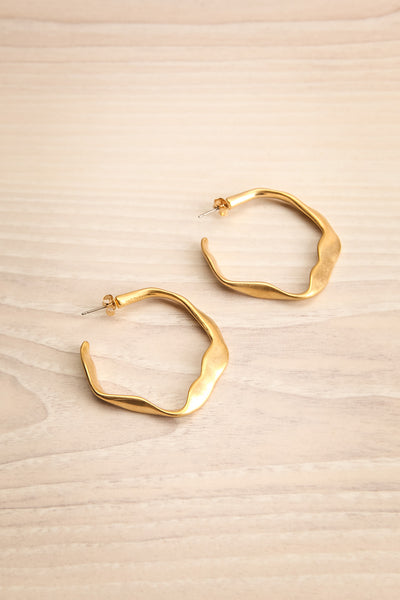 Casateja Beaten & Uneven Gold Hoop Earrings | La Petite Garçonne