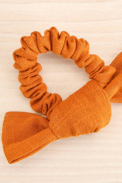 Castra Orange Faux Linen Hair Scrunchie | La petite garçonne close-up