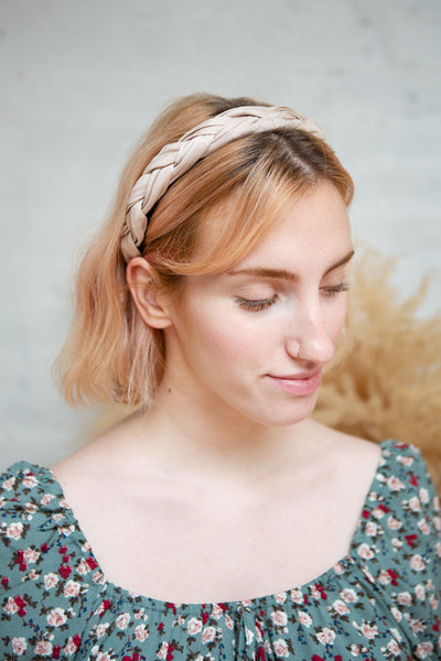 Commoveo Sparkly Braided Headband | Boutique 1861 model