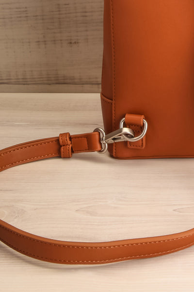 Coran Cognac Pixie Mood Faux-Leather Backpack strap close-up | La Petite Garçonne