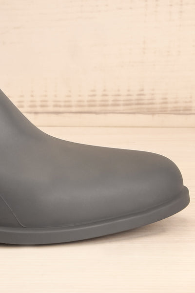 Dartford Grey Chelsea Rain Boots side front close-up | La Petite Garçonne Chpt. 2
