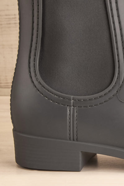 Dartford Grey Chelsea Rain Boots side back close-up | La Petite Garçonne Chpt. 2