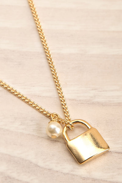 Desanka Maksimovic Gold Padlock Pendant Necklace | La petite garçonne flat close-up