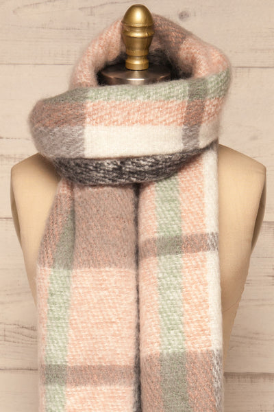 Distroff Colorful Soft Knit Scarf with Fringe | La Petite Garçonne loop through close-up