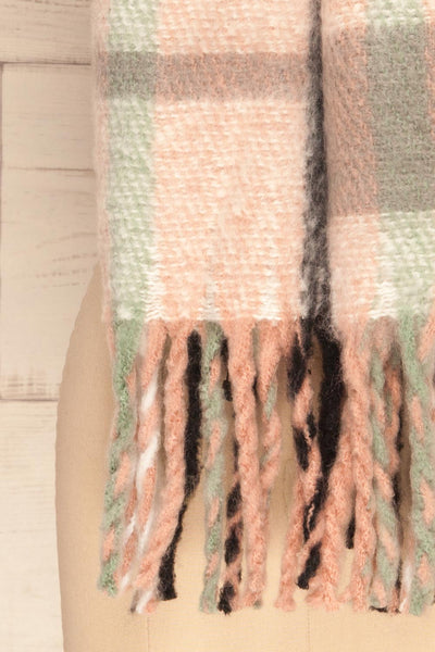 Distroff Colorful Soft Knit Scarf with Fringe | La Petite Garçonne bottom close-up
