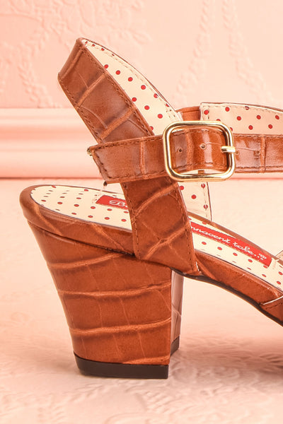 Dulcina Brown High Heel Sandals | Sandales | Boutique 1861 side back close-up