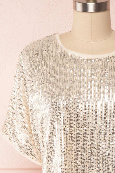 Eesha Beige Sequin Top | Haut à Paillettes front close up | Boutique 1861 front close-up