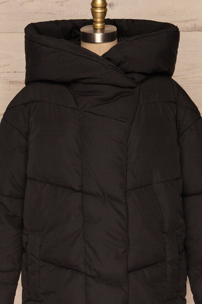 Eggemoen Black Oversized Quilted Parka w/ Hood | La Petite Garçonne front close up zip up