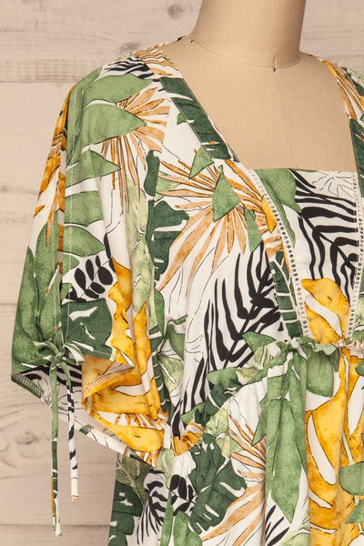 Eidernes Tropical Patterned Short Dress | La petite garçonne side close-up