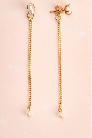 Eleanor Boardman Golden Chain & Pearl Pendant Earrings | Boutique 1861