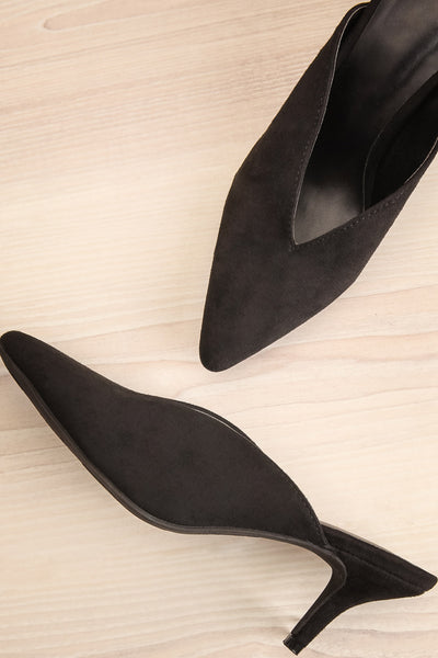 Esquirol Black Pointed Toe Low Heeled Mules | La Petite Garçonne 1
