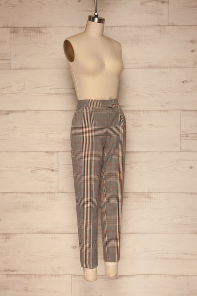 Fagernes Grey Plaid Pant | Pantalon Carreauté | La Petite Garçonne side view