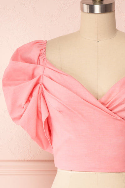 Fallviken Pink Crop Top w/ Puffy Sleeves front close up | Boutique 1861