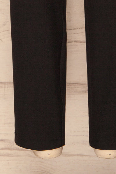 Falstad Black Pants | Pantalon Noir | La Petite Garçonne bottom close-up
