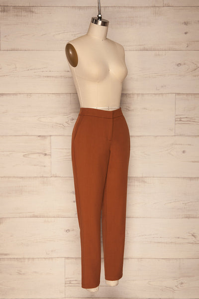 Falstad Rust Pants | Pantalon | La Petite Garçonne side view