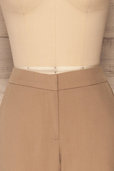 Falstad Taupe Pants | Pantalon Taupe | La Petite Garçonne front close-up
