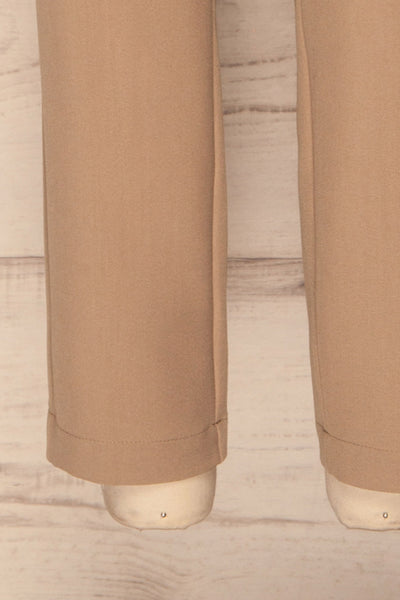 Falstad Taupe Pants | Pantalon Taupe | La Petite Garçonne bottom close-up