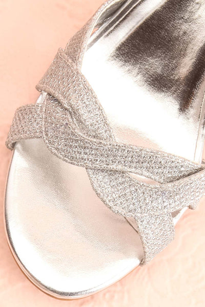 Fraxinelle Silver Sandals | Sandales | Boudoir 1861 flat close-up