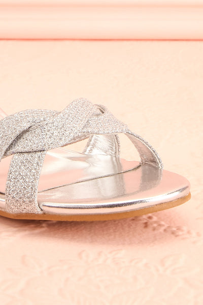 Fraxinelle Silver Sandals | Sandales | Boudoir 1861 front close-up