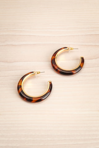 Fuscus Golden & Tortoise Shell Hoop Earrings | La Petite Garçonne