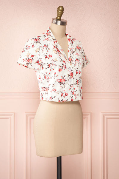 Fuujin White & Pink Floral Buttoned Crop Top side view | Boutique 1861