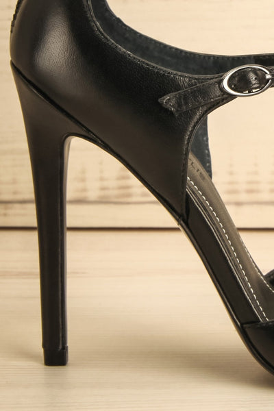 Galatina - Black leather strap pointy toe high heels