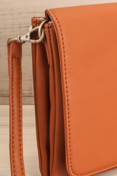 Gianna Cognac Faux-Leather Pixie Mood Handbag close-up | La Petite Garçonne