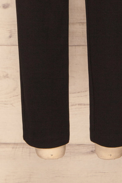 Godelieve Black Pants | Pantalon | La Petite Garçonne bottom close-up