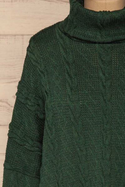 Hellen Forest Green Cropped Knit Sweater | La petite garçonne front close-up