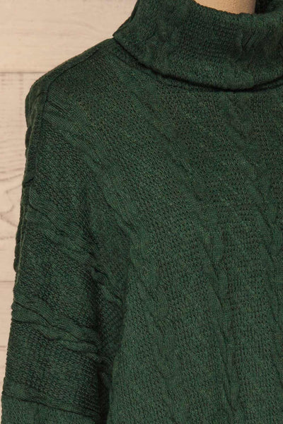 Hellen Forest Green Cropped Knit Sweater | La petite garçonne side close-up